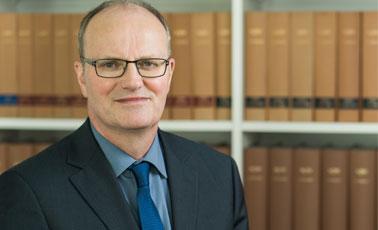 Dieter van Hove - Rödenbeek, de Buhr & Kollegen
